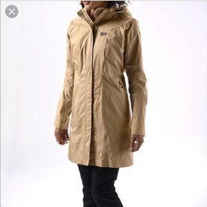 Patagonia Trench Rainshadow rain coat